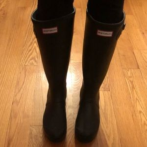 Hunter Original Rain boots with free sock boot